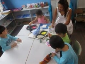 Montessori Classroom: children are confident and involved 1